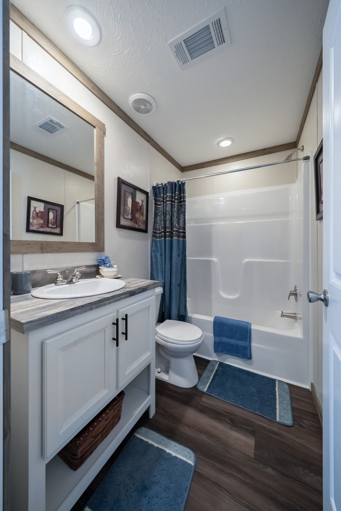The THE ALBANY Guest Bathroom. This Manufactured Mobile Home features 3 bedrooms and 2 baths.